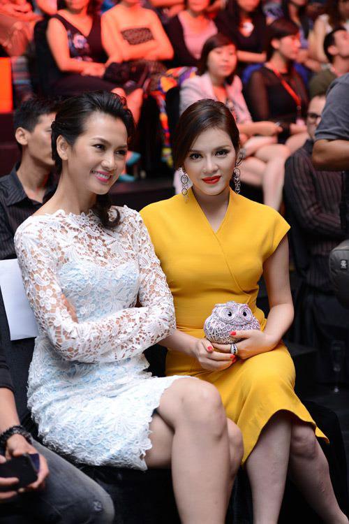 Diva Hồng Nhung nõn nà tuổi 42 - 14