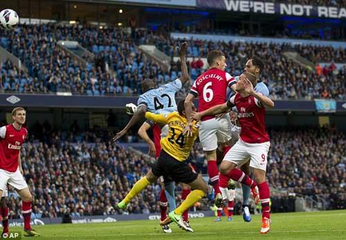 Man City - Arsenal: Tiệc tấn công - 1