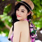 Thời trang - Julia Hồ gợi cảm trong sắc thu