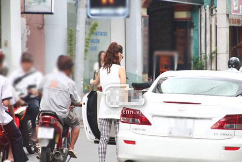 Minh Hằng sắm mui trần Lexus IS 250C - 4