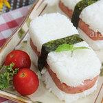 Ẩm thực - Cơm kẹp thịt hộp cho bữa trưa văn phòng