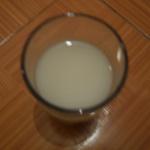 Tin tức trong ngày - HN: Dân hoang mang vì tin đồn sữa có đỉa