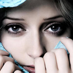Làm đẹp - Bí quyết chăm sóc vùng da quanh mắt
