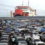Tin tức trong ngày - Indonesia: Chìm xà lan chở hơn 200 người