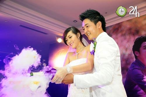 Cô dâu 19 tuổi rạng ngời trong ngày cưới - 12