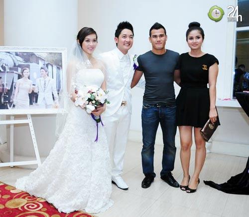 Cô dâu 19 tuổi rạng ngời trong ngày cưới - 4