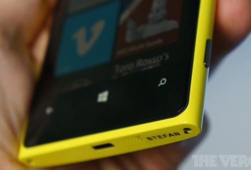 Đánh giá Nokia Lumia 920 - 10