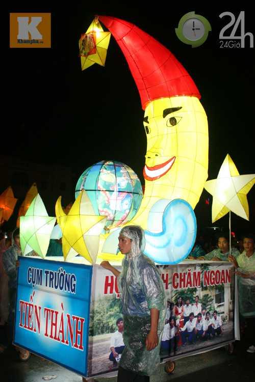 Lễ hội đèn Trung thu lớn nhất VN - 13