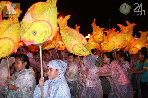 Lễ hội đèn Trung thu lớn nhất VN - 2
