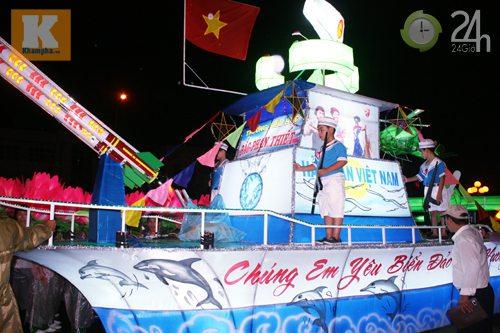 Lễ hội đèn Trung thu lớn nhất VN - 7