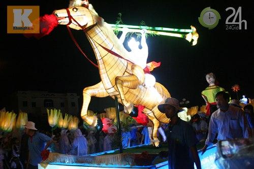 Lễ hội đèn Trung thu lớn nhất VN - 8