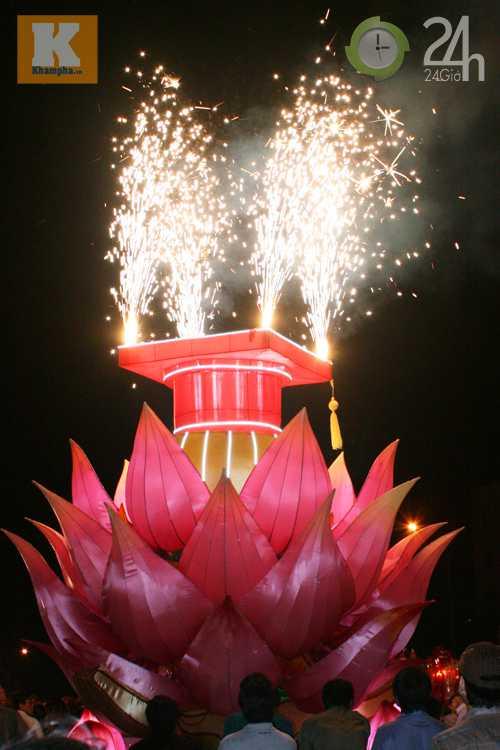 Lễ hội đèn Trung thu lớn nhất VN - 9