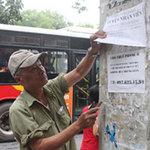 Tin tức trong ngày - Quảng cáo rác ở HN: Bóc cứ bóc, dán cứ dán