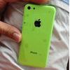 iPhone giá rẻ lộ vỏ nhựa, màu xanh