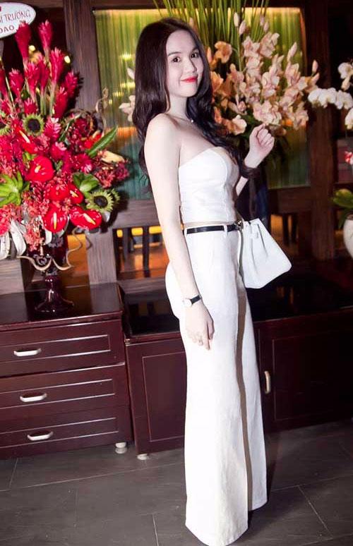 Ngọc Trinh đẹp lung linh nhờ màu trắng - 5