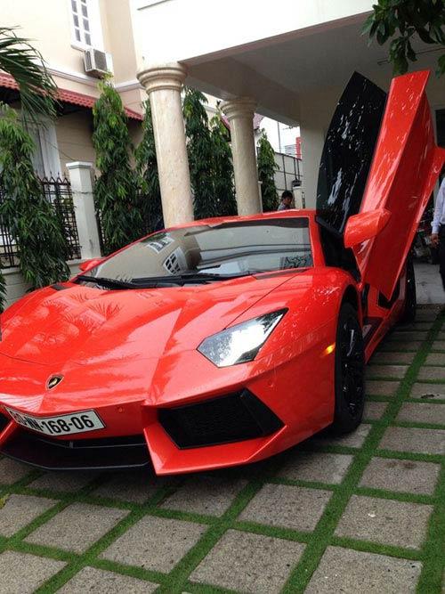 Tuấn Hưng khoe siêu xe Ý 25 tỷ - 5