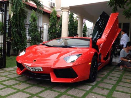 Tuấn Hưng khoe siêu xe Ý 25 tỷ - 4