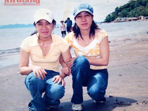 Lạ lùng ấp sinh đôi ở An Giang
