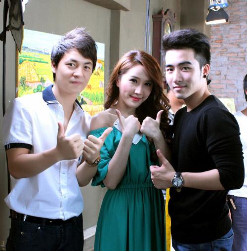 Bảo Thy đưa trai đẹp vào MV, Ca nhạc - MTV, Bao Thy, trai dep, hot boy, lung chung hanh phuc, mv, ca khuc moi, ca sy tre, tin tuc
