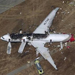 Tin tức trong ngày - Máy bay chở khách Hàn Quốc bốc cháy tại Mỹ