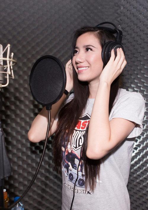 Chung Thục Quyên, Kim Dung rủ nhau đi hát, Ca nhạc - MTV, Chung Thuc Quyen, Kim Dung, Thuy Linh, di hat, phong thu, gala nhac Viet, Ha Ho, chan dai di hat, ngoi sao, tin tuc
