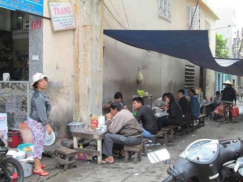 Cảnh giác với thức ăn đường phố (2) - 1