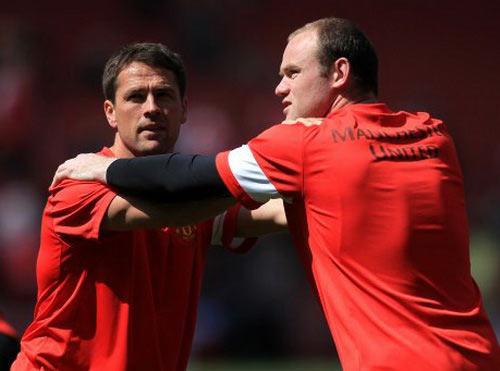 """Michael Owen """"bắt bệnh"""" Rooney - 1"""