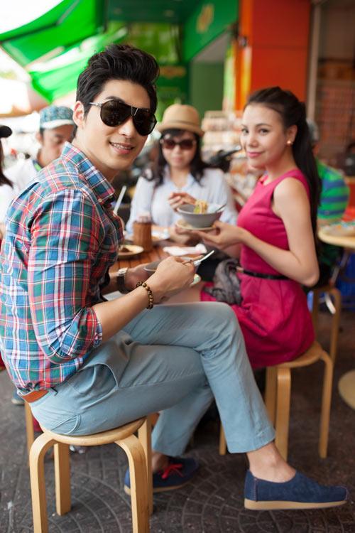 Trai Hàn hát tiếng Việt tặng Trà Ngọc Hằng - 20