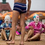 Thời trang - Phụ nữ thế giới chống nắng ra sao?