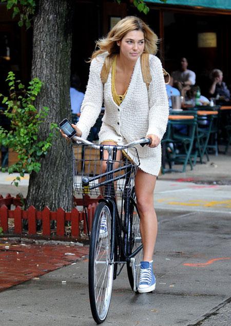 Hãy ăn vận sành điệu khi đi xe đạp! - 20