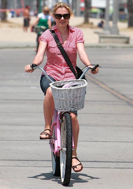Hãy ăn vận sành điệu khi đi xe đạp! - 10