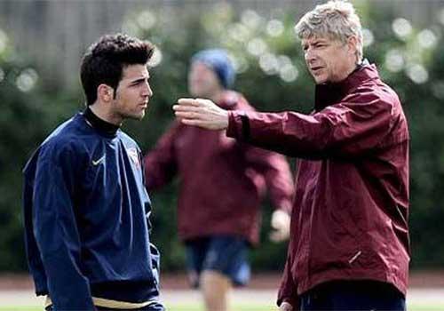 Arsenal được ưu tiên mua lại Cesc - 1