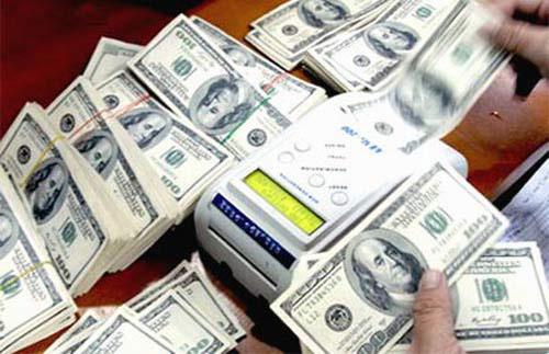 """""""Ôm USD lúc này quá nhiều rủi ro"""" - 1"""