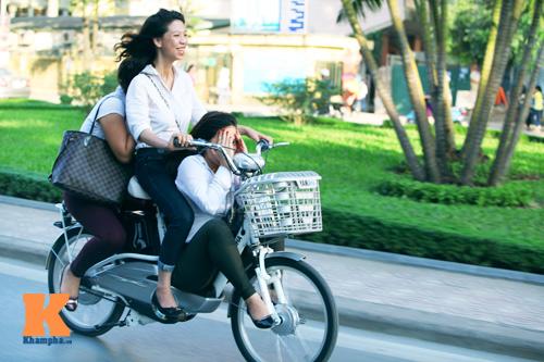 Giới trẻ vô ý thức tham gia giao thông - 3