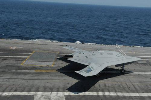 UAV Mỹ hạ cánh thành công xuống tàu sân bay - 4