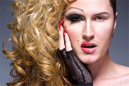 Ngạc nhiên với màn hóa gái nhờ make up - 3