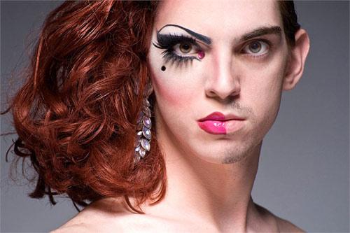 Ngạc nhiên với màn hóa gái nhờ make up - 7