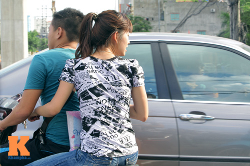 Giới trẻ vô ý thức tham gia giao thông - 13