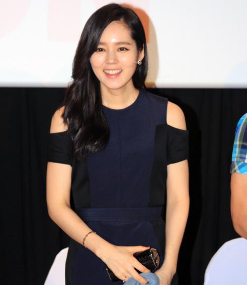 Han Ga In ghen tỵ với các bạn trẻ Việt - 2