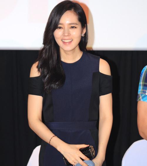 Han Ga In ghen tỵ với các bạn trẻ Việt - 5