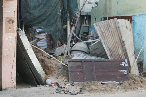Sập mái vòm nhà đang xây, công nhân hút chết - 3