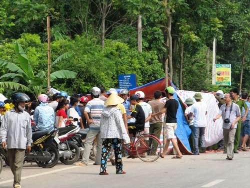 Vụ ô tô rơi ao, 4 người chết: Tạm giữ lái xe - 1