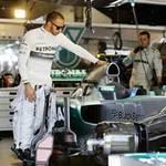 Thể thao - Hamilton: Đầy nhiên liệu, chiếc xe là 1 thảm họa