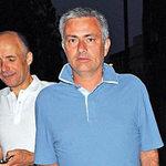 Bóng đá - Mourinho tránh mặt học trò khi ăn tối