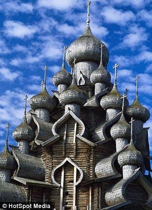 Cận cảnh lâu đài làm bằng gỗ lớn nhất TG - 6