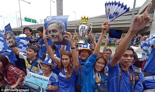 Mourinho gây cơn sốt ở Thái Lan - 9