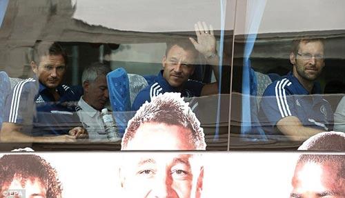 Mourinho gây cơn sốt ở Thái Lan - 3