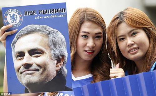 Mourinho gây cơn sốt ở Thái Lan - 5