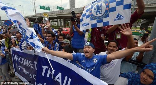 Mourinho gây cơn sốt ở Thái Lan - 8