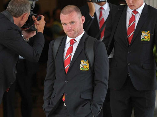 Moyes phản pháo Mourinho vụ Rooney - 2